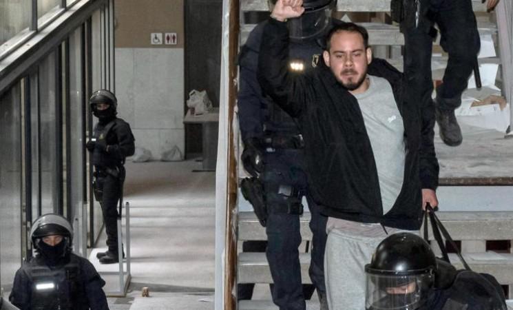 Spagna, arrestato rapper che si era barricato all'università