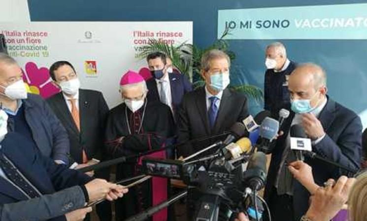 Covid: in Sicilia vaccini anche nelle parrocchie