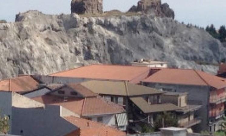Biancavilla, a breve avvio dei lavori di bonifica di Monte Calvario