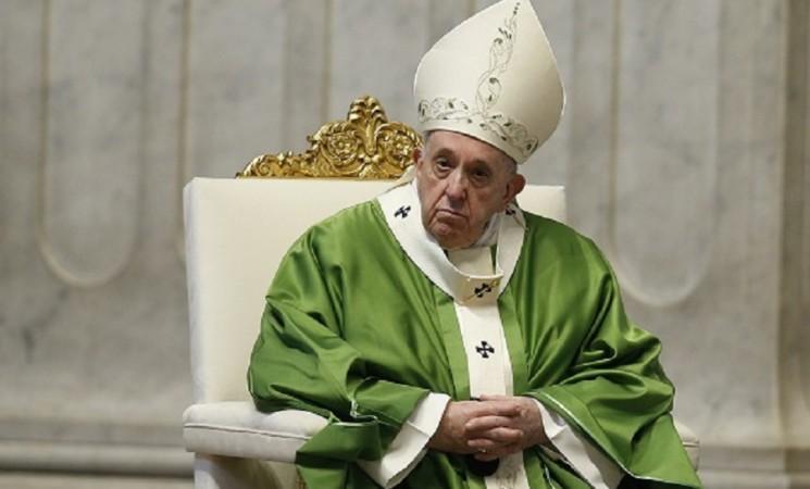 """Papa Francesco """"Provati dalla pandemia, la crisi è diventata pesante"""""""