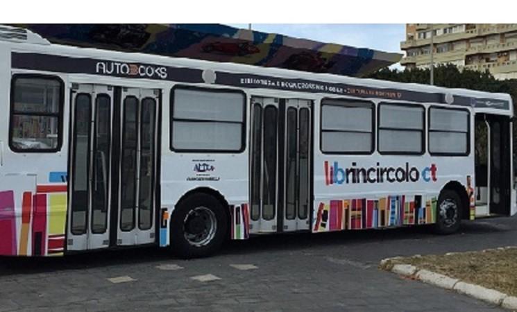 A Catania arriva l' Autobooks la biblioteca itinerante di quartiere