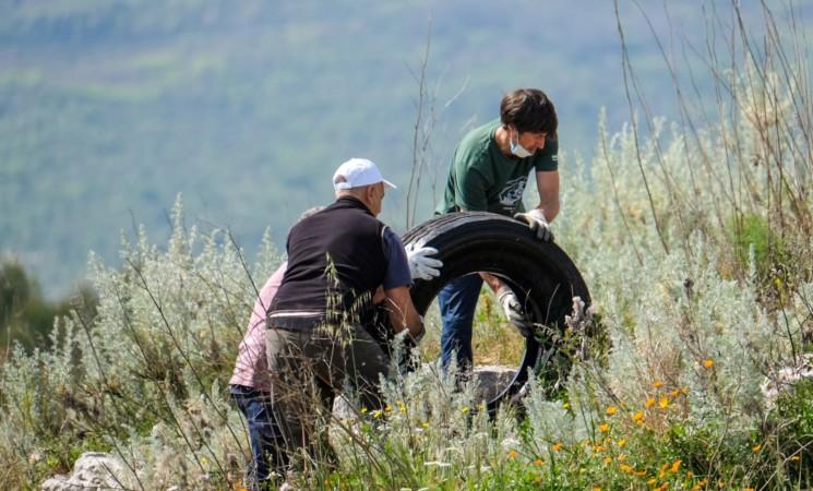 """Il progetto """"climb and clean"""" in Sicilia, due tappe a Siracusa e San Vito"""