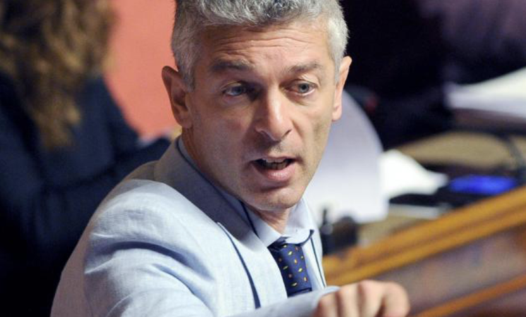 """Covid, l'Antimafia vuole gli elenchi degli """"altri"""" vaccinati"""