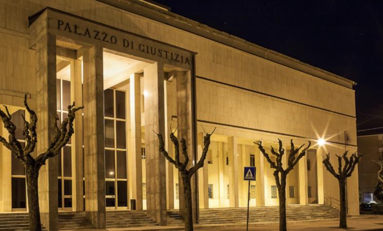Violenza su minori, arrestato sacerdote nell'Ennese
