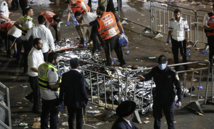 Israele, strage nella notte nel primo evento religioso post-Covid