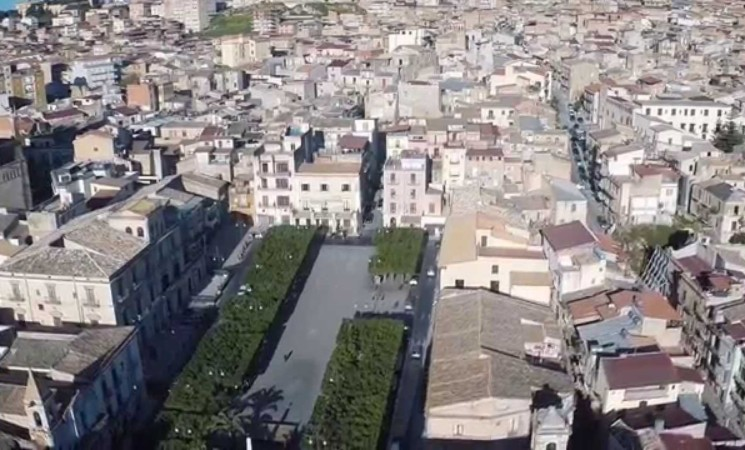 Covid, Sicilia sempre chiusa, zona rossa a Favara e Canicattì