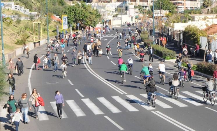 Catania, prima domenica di Maggio senza auto al Lungomare