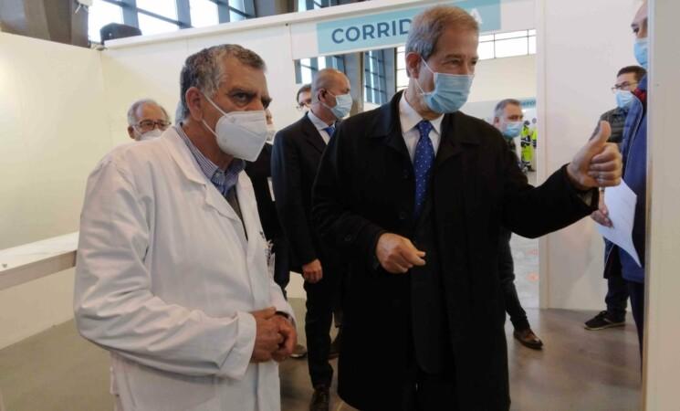 Vaccini, la Sicilia accelera, superato il target settimanale
