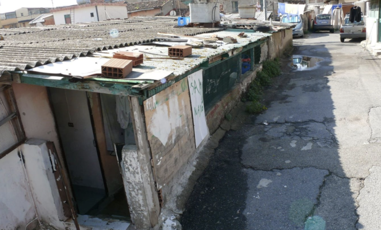 Messina, via le baraccopoli post terremoto grazie a Mara Carfagna