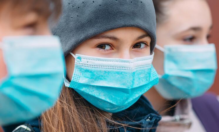 """Il vaccino Moderna è """"molto efficace"""" per i ragazzi tra i 12 e i 17 anni"""