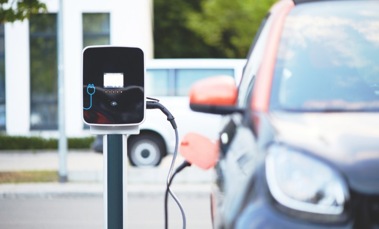 Auto elettriche, riattivato ecobonus, oltre 57mln euro
