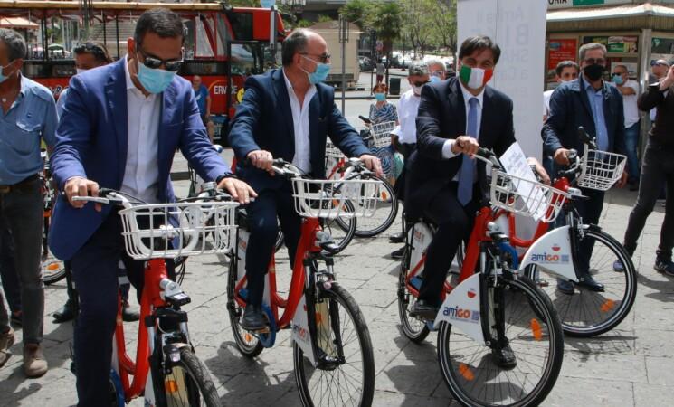 Catania, mobilità dolce, partono le prime 50 bici elettriche