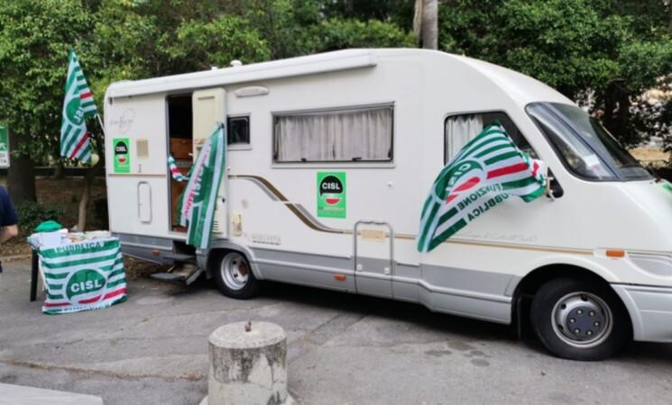 """L'ufficio mobile Cisl Fp in """"tour"""" nel palermitano per offrire assistenza agli iscritti"""
