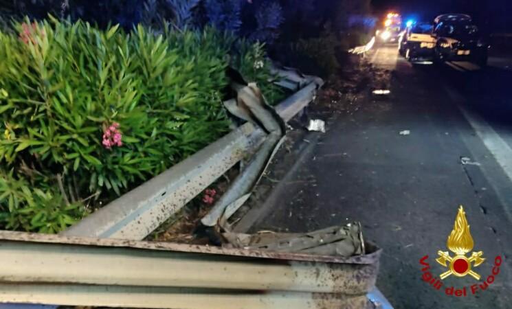 Incidenti, due morti sulla A18 tra Fiumefreddo e Giardini