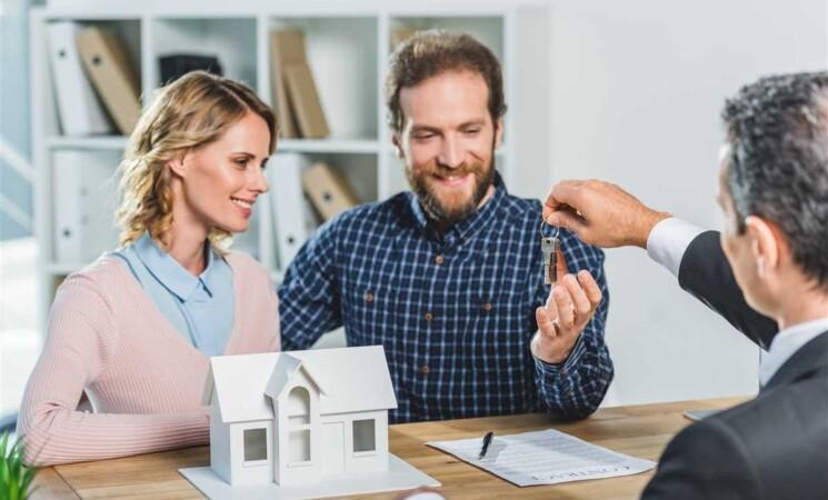 Intesa Sanpaolo rinnova l'offerta mutui per i giovani under 36