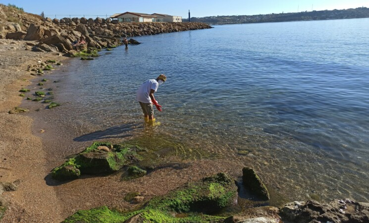 Augusta, spiaggia delle Grazie: resta il divieto di balneazione