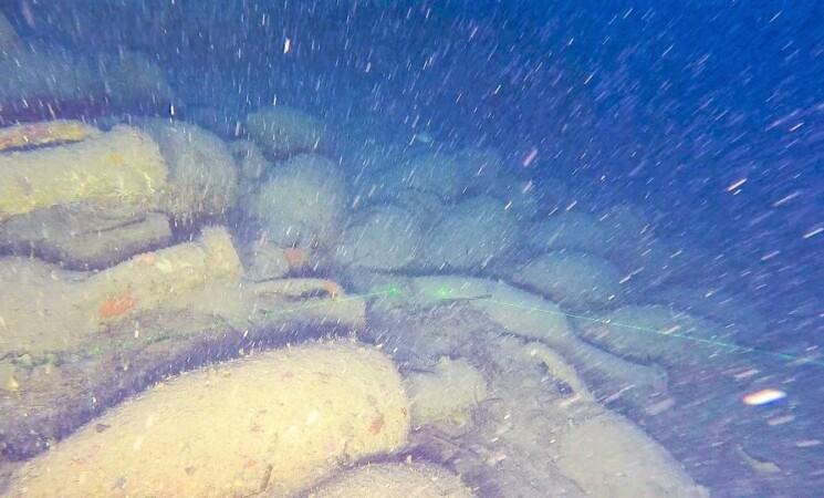 Ritrovata nave romana a 92 metri di profondità a Isola delle Femmine