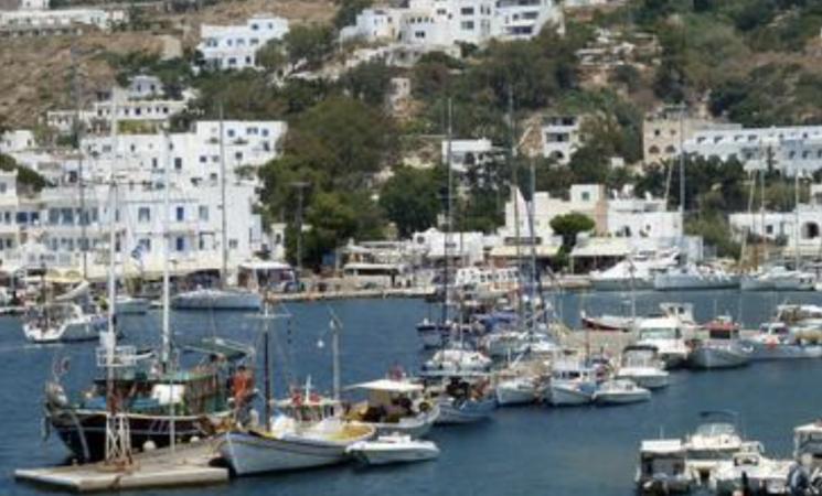 Covid, studenti in vacanza positivi, in 15 bloccati in Grecia