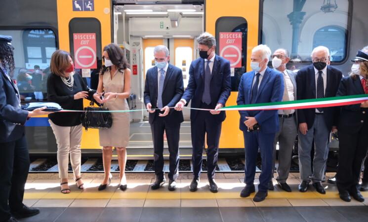 Nuovi treni e linee per i turisti, la cura del ferro in Sicilia
