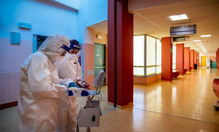 """Gimbe, """"In Sicilia il 21,8% non vaccinati"""", a rischio over 60"""