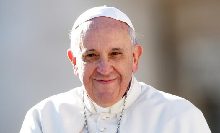 Papa ricoverato, asportato tratto colon, altri sei giorni in ospedale