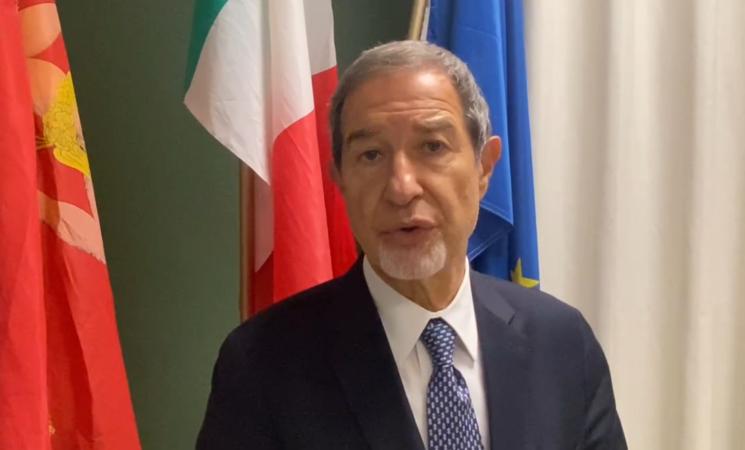 """Infrastrutture, Musumeci, """"Creare porto hub in Sicilia"""""""