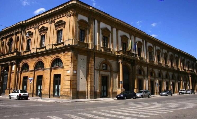 Caltanissetta, riaperti i termini per 34 posti al Comune