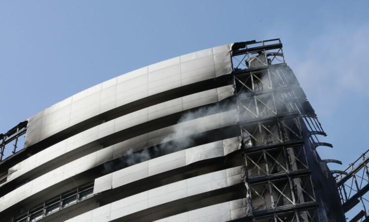 Incendio Milano, da Banca Mediolanum 100.000 euro alla Torre dei Moro