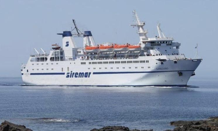 Covid, marittimo positivo, non parte il traghetto per Lampedusa