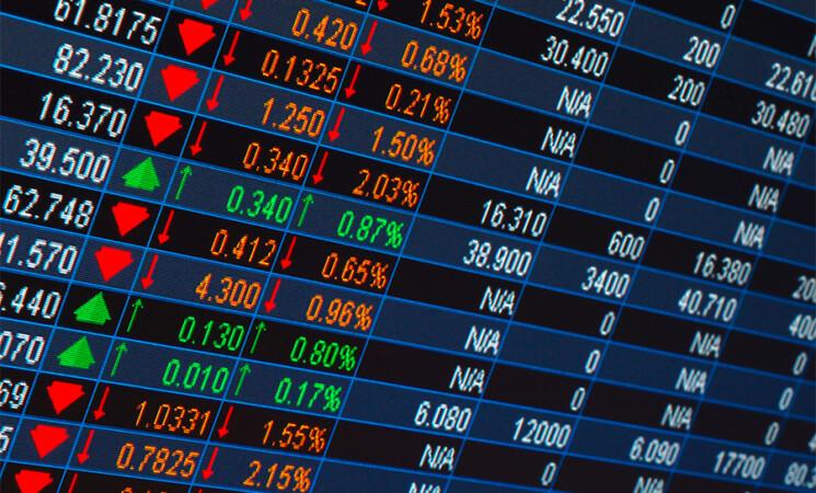 Borse, chiusure contrastate, apprensione dei mercati per il Covid