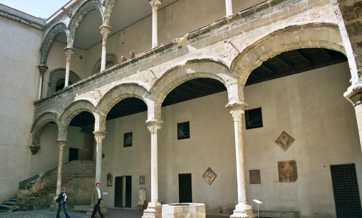 Settimana delle Culture a Palermo, l'Abatellis espone arazzo d'Aragona