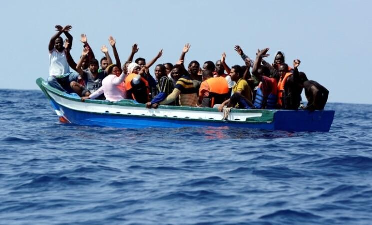 Migranti 2021, sbarcati in 42 mila, emergenza nascosta dal Covid