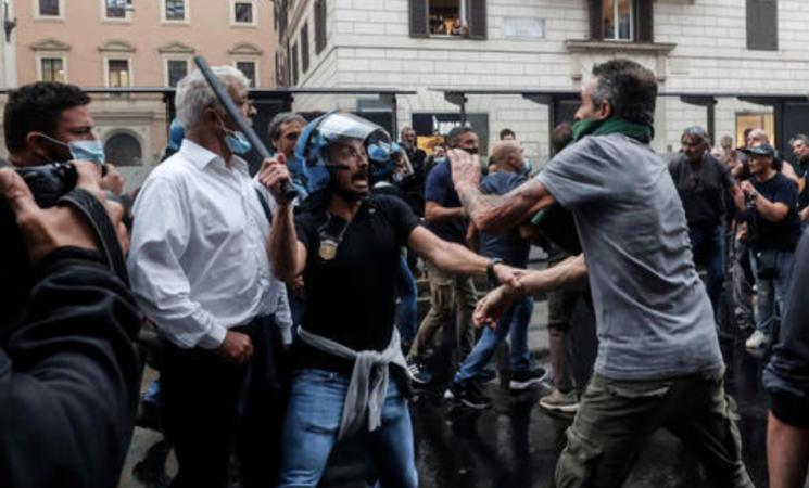 Green pass, nuove misure contro manifestanti