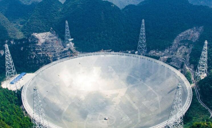 Gigantesco telescopio per scovare gli alieni, la nuova invenzione